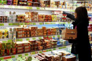 rayon frais magasin Scarabée Biocoop Saint-Grégoire